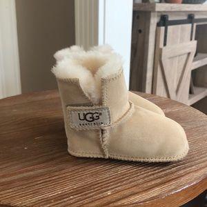 Infant ugg booties